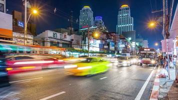 Tailândia Banguecoque luz noturna centro da cidade tráfego rua panorama 4k time lapse