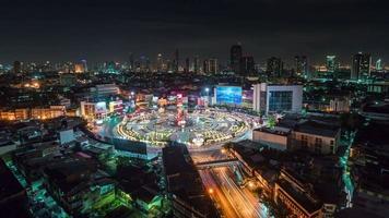 Thailand Nachtlicht Bangkok Verkehrskreis Quadrat Dachansicht 4k Zeitraffer