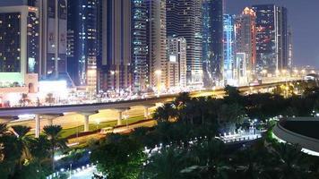 lapso de tiempo del puente de luz nocturna desde dubai video