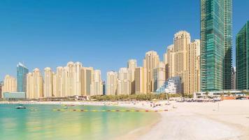 VAE Sommer Licht Dubai Matina Jbr Strand Lagune Panorama 4k Zeitraffer video