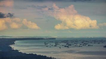 soleado cielo Singapur azotea vista superior costa 4k lapso de tiempo
