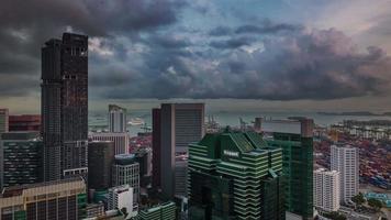 tormenta cielo día luz Singapur centro 4k lapso de tiempo