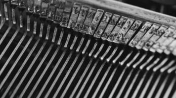 impressões de máquina de escrita retrô. video