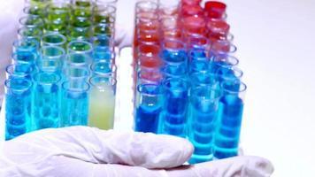 test di laboratorio su specifici composti chimici