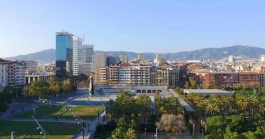 Barcelona sonniger Tag Joan Miro Park Panorama Dachansicht 4k Spanien