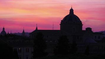 silueta, cúpula, ocaso, en, roma, italia