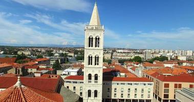 torre della cattedrale di st. anastasia a zara, croazia