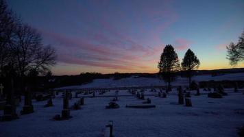 pôr do sol do cemitério video