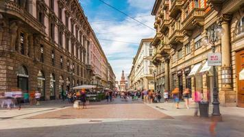 itália milão cidade famosa luz do dia dante street panorama 4k time lapse