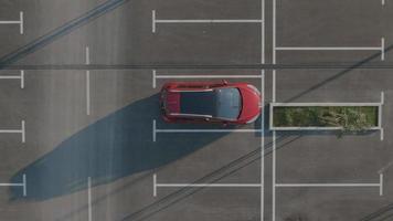 Antenna 4K: l'auto parte dal parcheggio vuoto