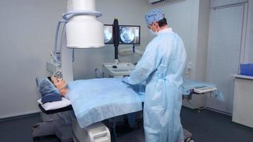 Betrieb am Angiographiegerät video