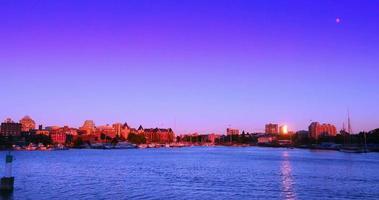 Coucher de soleil violet épique time-lapse, capitale victoria colombie britannique canada