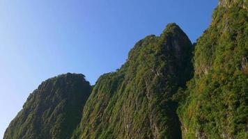 Thailandia estate luce koh phi phi don isole montagna cima 4K video