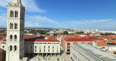 Vista aerea della città vecchia di Zara, Croazia video