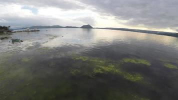 schöne Aussicht auf den Taal See