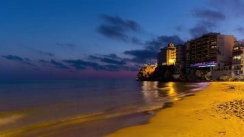 Spagna tramonto cielo benidorm spiaggia panorama 4K lasso di tempo