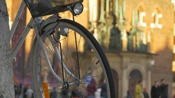 roda de bicicleta com lanterna video