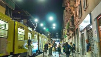 Italien Nachtbeleuchtung Mailand Stadt Straße Spaziergang Panorama 4k Zeitraffer