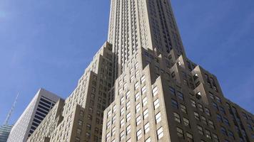 Stati Uniti d'America giornata di sole luce New York City Manhattan famoso edificio vista 4K video