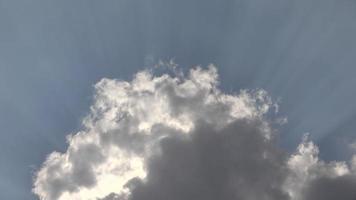 Lichtstrahlen Wolken