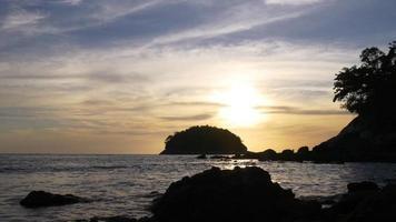 Thailandia estate giorno tramonto spiaggia isola panorama 4K phuket video