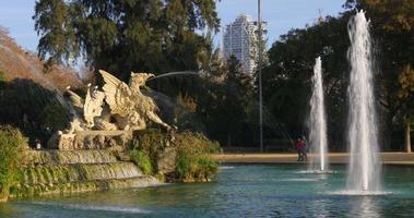 Barcellona sole luce ciutadella parco fontana 4k spagna