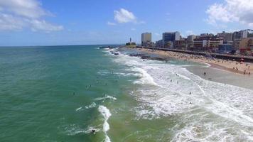Vue aérienne de la plage de Barra à Salvador, Bahia, Brésil
