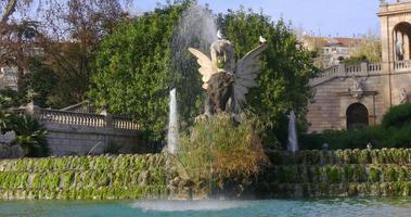 bel tempo fontana parc de la ciutadella close up 4k spagna barcellona