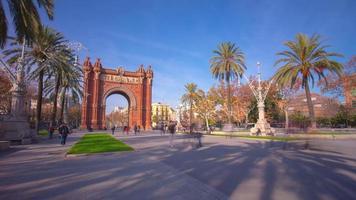 espanha barcelona luz do sol arco de triunfo vista 4k time lapse