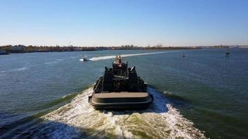 stoere boot op new jersey river 4k