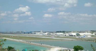 4k, aeropuerto. okinawa, senaga-jima
