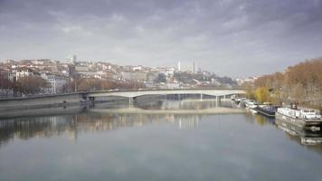 Stadtansicht von Lyon Frankreich, Blick auf den Fluss video