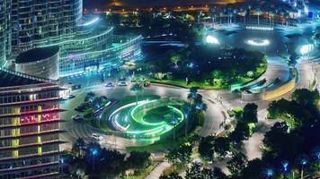 luz noturna edifício mais alto do mundo entrada sircle 4k lapso de tempo emirados árabes unidos video