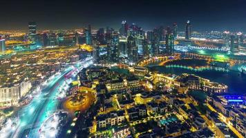 Nachtlicht Dubai berühmte Hotel Verkehr Stadt Panorama 4k Zeitraffer Vereinigte arabische Emirate