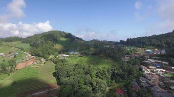 thailand chiang mai vliegen naar weelderige bergen