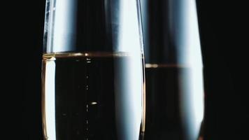 glazen met champagne