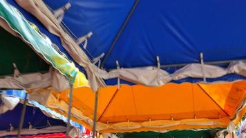 bunte Zelte bei einem Karneval video