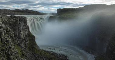 timelapse van de waterval dettifoss in IJsland.