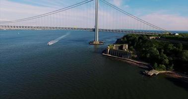 verrazano restringe le riprese aeree del ponte