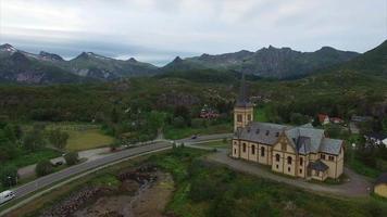 igreja vagan nas ilhas lofoten na noruega video