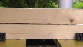 pinza de colocación para unir dos madera pegada video