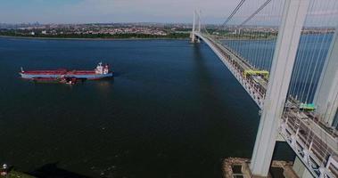 verrazano restringe il ponte