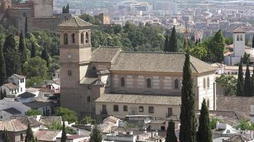 historische mittelalterliche spanische Kirche oder Kathedrale