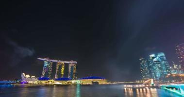 fuochi d'artificio dell'hotel delle sabbie di prove generali della giornata nazionale di singapore