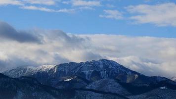 dia de sol nas montanhas tatra