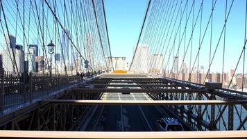 vista sul ponte di brooklyn a new york