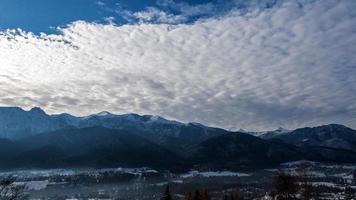 nuvens sobre as montanhas tatra