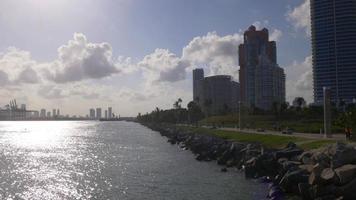usa miami tramonto luce south pointe beach panorama 4k florida video