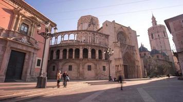 Spagna valencia città sole luce cattedrale cortile 4K lasso di tempo video