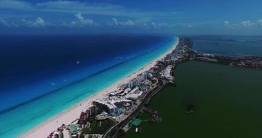 imágenes aéreas de cancun mexico video